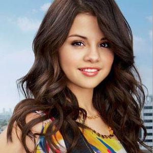 Mais pourquoi Justin Bieber, Hailey Baldwin et Selena Gomez ont tous les trois.